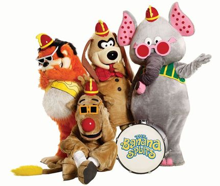 Check Out The Brutal Trailer For Danishka Esterhazy's THE BANANA SPLITS MOVIE!
