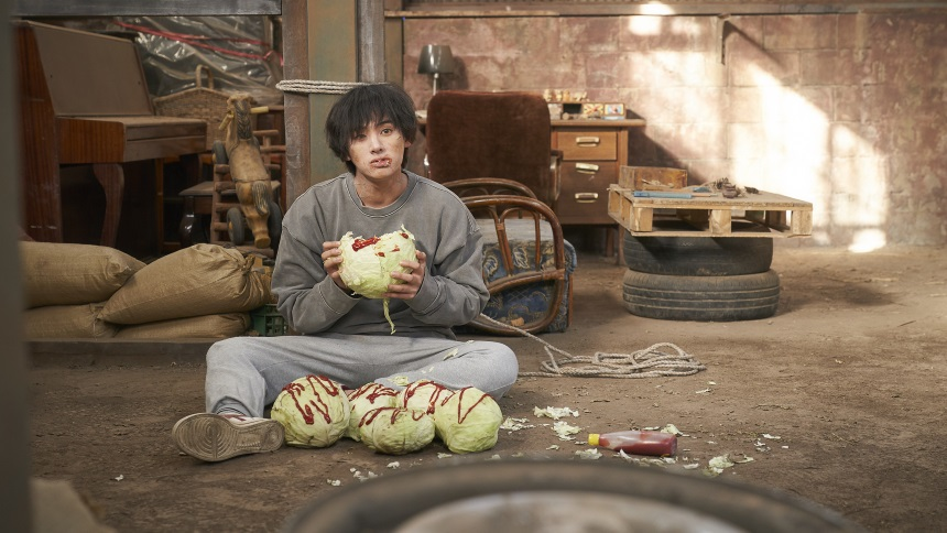 Fantasia 2019 Review: THE ODD FAMILY: ZOMBIE ON SALE, A Story Of Gore And Greed In A Korean Town