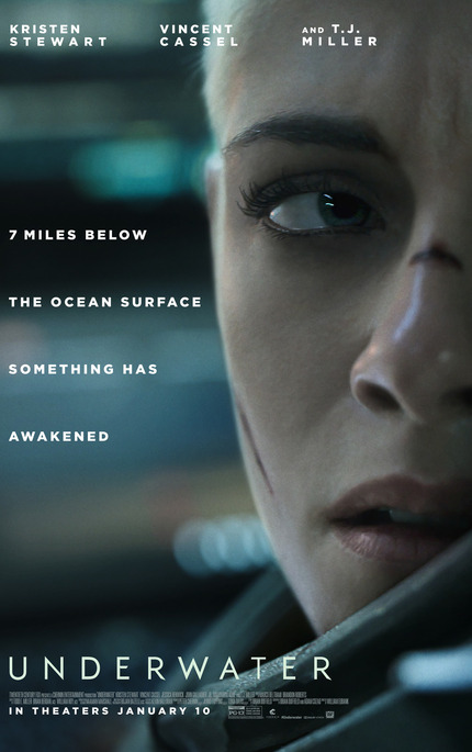 Review: UNDERWATER, Monsters Stalk A Drilling Rig At The Bottom Of The Ocean
