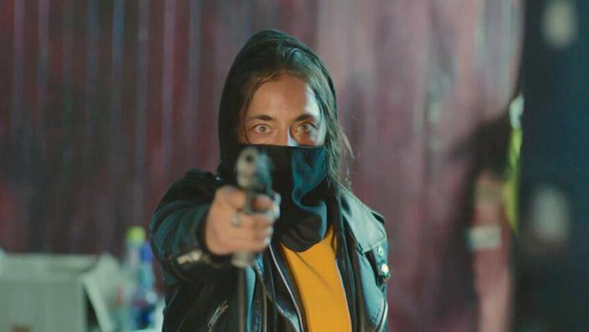 HERIDAS PROFUNDAS (EXPANSIVAS) Reseña: El thriller simplificado habla claramente a la audiencia prevista