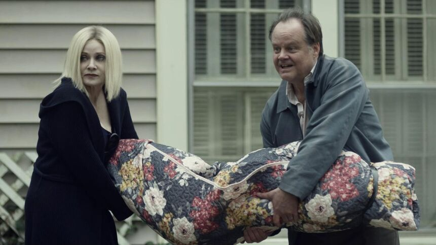 SXSW 2021 Review: JAKOB'S WIFE, Keeping This Marriage Together Is Going To Be The Death Of Them