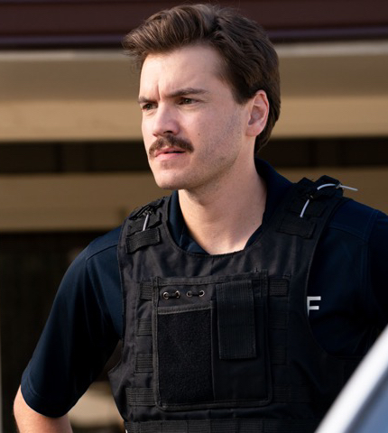Interview: Emile Hirsch on MIDNIGHT IN THE SWITCHGRASS, Working with Friedkin and Tarantino
