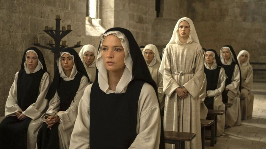 Karlovy Vary 2021 Review: In BENEDETTA, Paul Verhoeven Marries Prestige Satire to Camp Drama